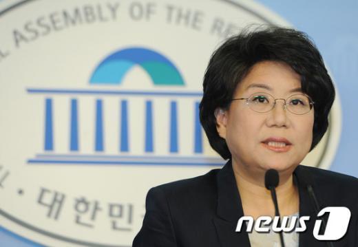 [사진]이혜훈 의원, 새누리당 전당대회 출마