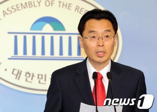 [사진]정웅교, 새누리당 최고위원 경선 출마