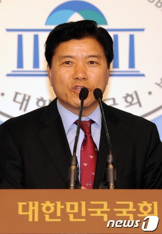 [사진]김경안, 새누리당 최고위원 경선 출마