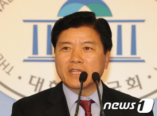 [사진]김경안, 새누리당 대표최고위원 경선 출마 선언