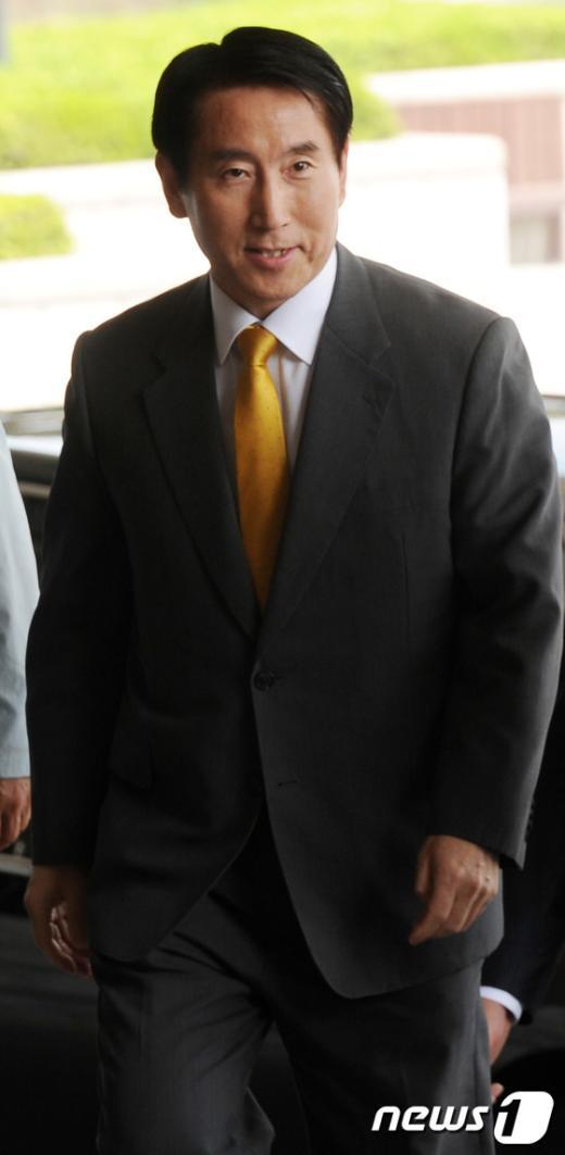 [사진]검찰 출두하는 조현오 전 경찰청장