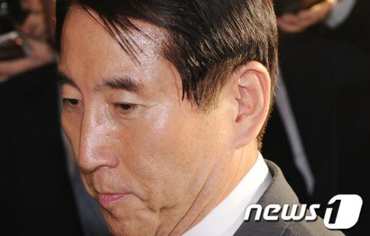 [사진]굳은 표정의 조현오 전 경찰청장