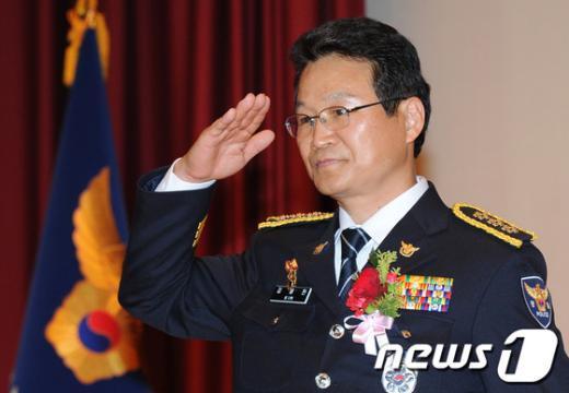 [사진]김용판 신임 서울지방경찰청장 취임식