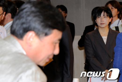 [사진]조준호 노려보는 이정희