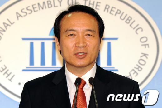 """[사진]임태희 """"문제 국회의원 제명 요건 완화해야"""""""