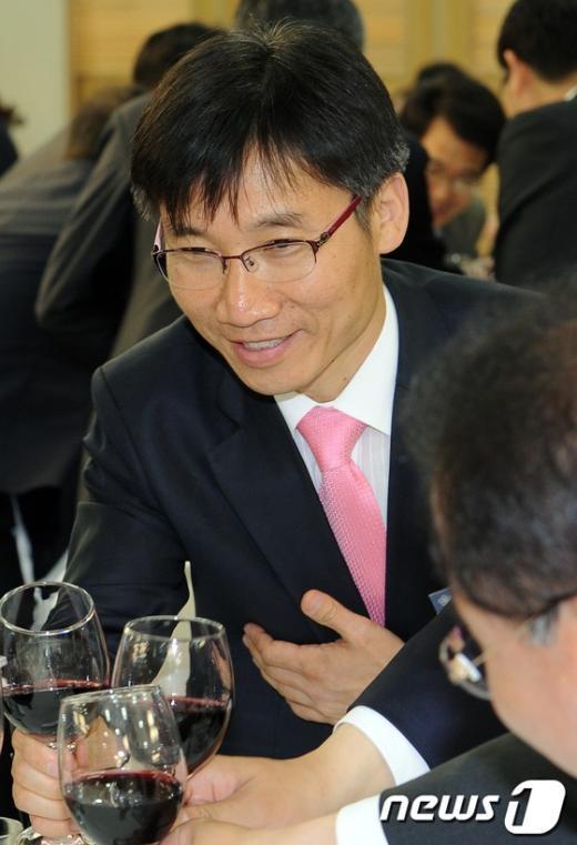 [사진]초선의원 연찬회 참석한 이상규