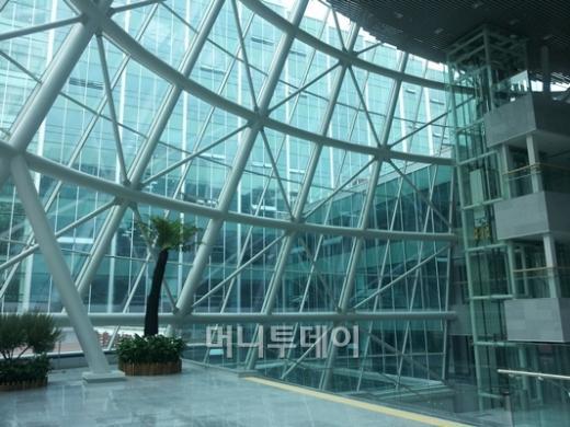 ↑제2의원회관 3층 중앙홀