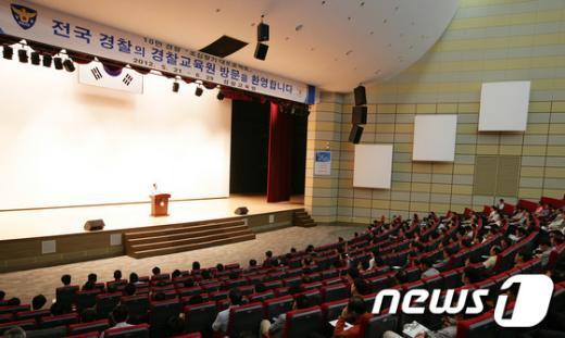 [사진]김기용 경찰청장, 초심찾기 특강