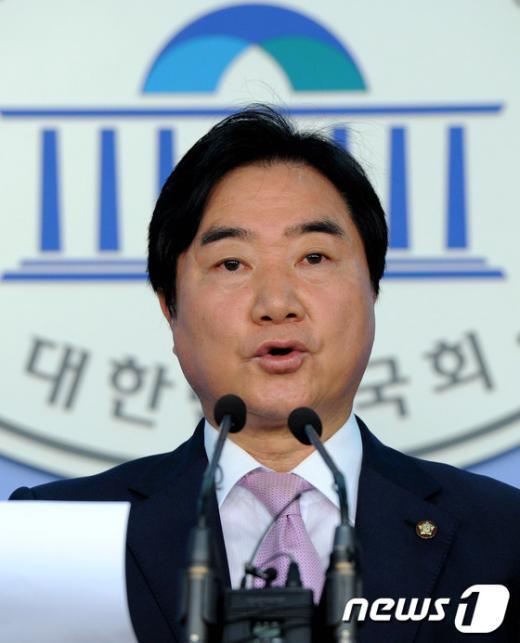 """[사진]이석현 의원 """"검찰, 4대강 사업 주관 부처 등 수사해야"""""""