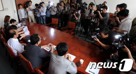 [사진]통합진보당 서울시당 당기위에 쏠린 관심