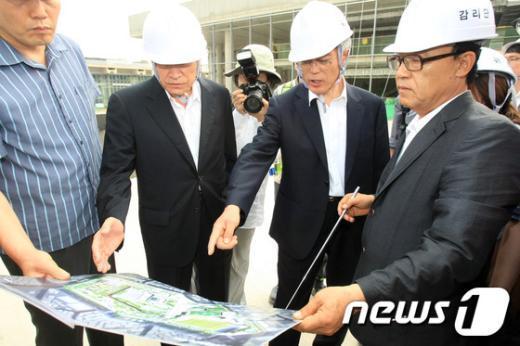 [사진]아시아문화전당 현장방문한 문재인고문