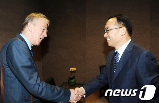[사진]박재완 장관, 덴마크 외교부장관 양자회담