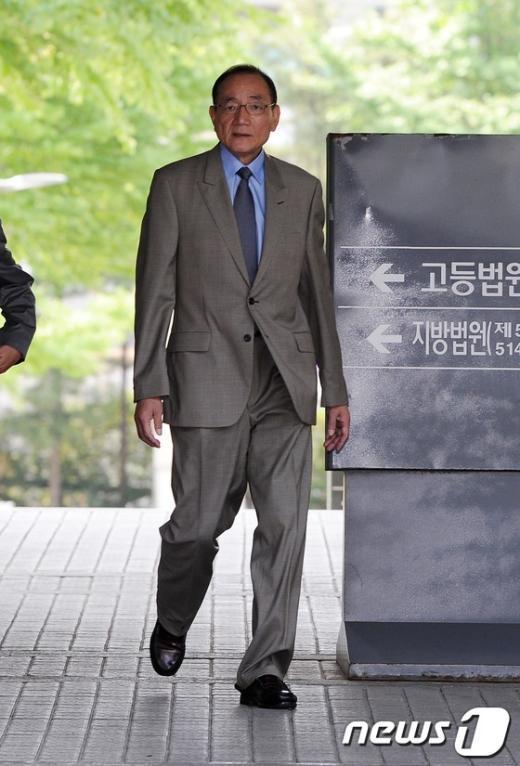 [사진]'돈봉투 혐의' 김효재, 선고공판