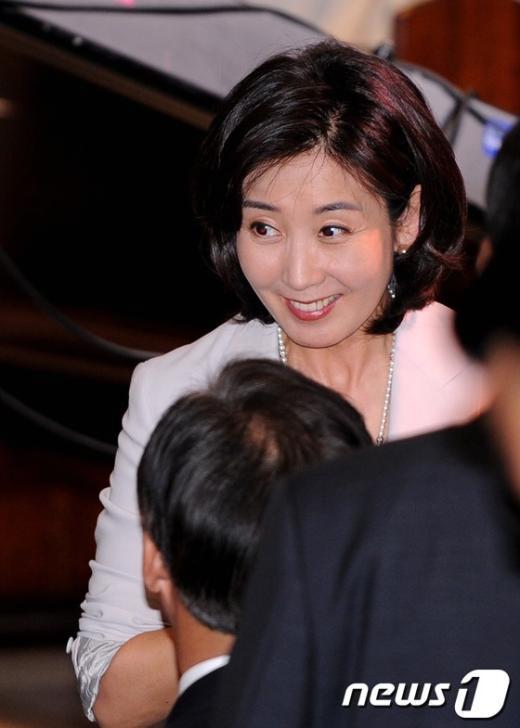 [사진]환하게 웃는 나경원 전 의원