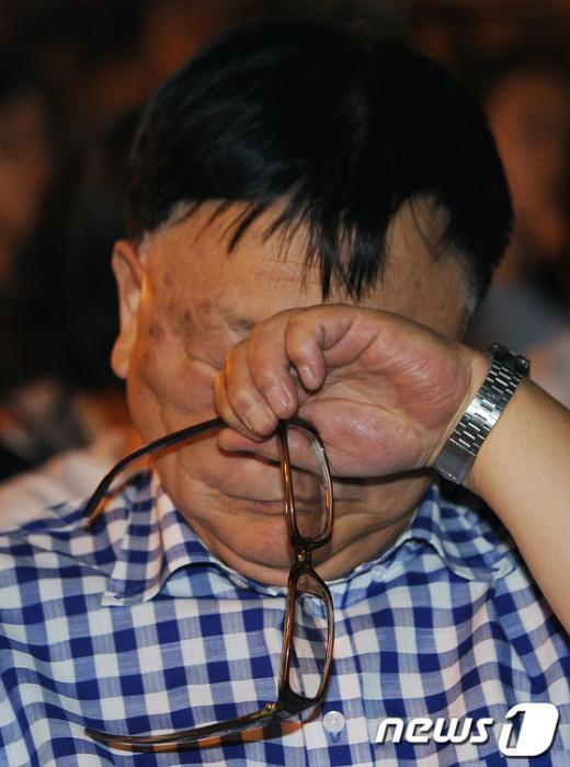 [사진]오길남 박사 '가족생각'