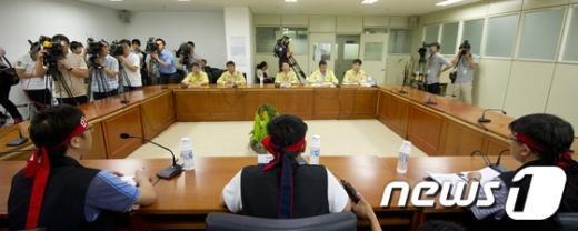 [사진]정부-화물연대 2차협상 재개
