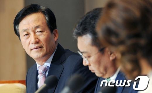 [사진]새누리당 비박 대선주자 정몽준 의원 관훈토론회