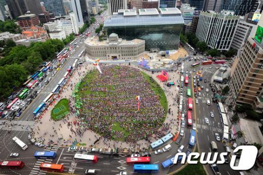 [사진]서울광장 가득 메운 건설노조