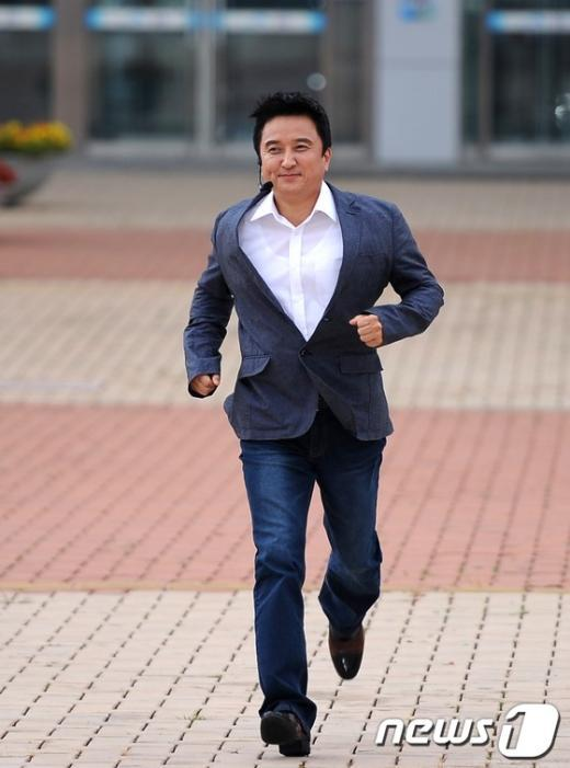 [사진]힘차게 달려오는 김영환 의원