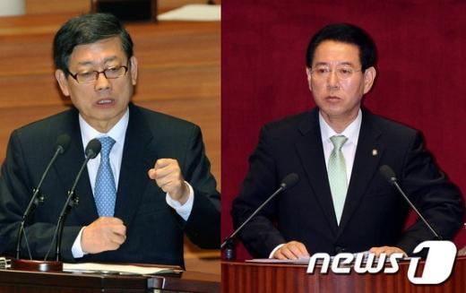 김황식 국무총리와 김영록 민주통합당 의원(왼쪽부터)  News1