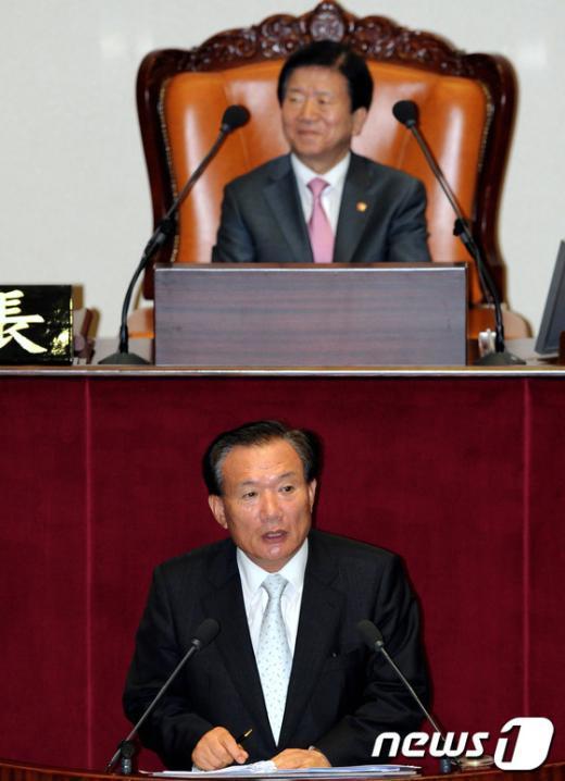 [사진]인사말하는 박상은 의원
