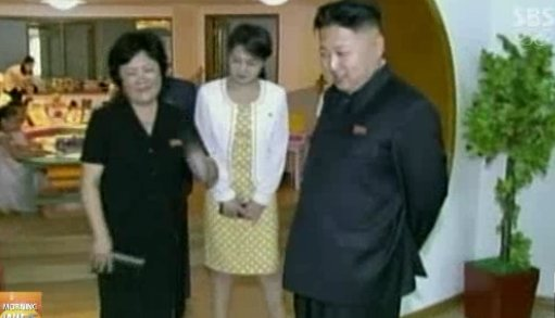 지난14일 김정은 북한 노동당 제1비서가 경상유치원 현지 지도에 나섰을  당시 보도화면. ⓒSBS