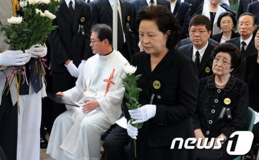 [사진]故 김대중 대통령 서거 3주기 추도식 참석한 권양숙 여사