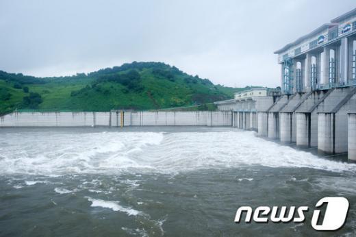 [사진]북 황강댐 방류, 임진강 수위 상승