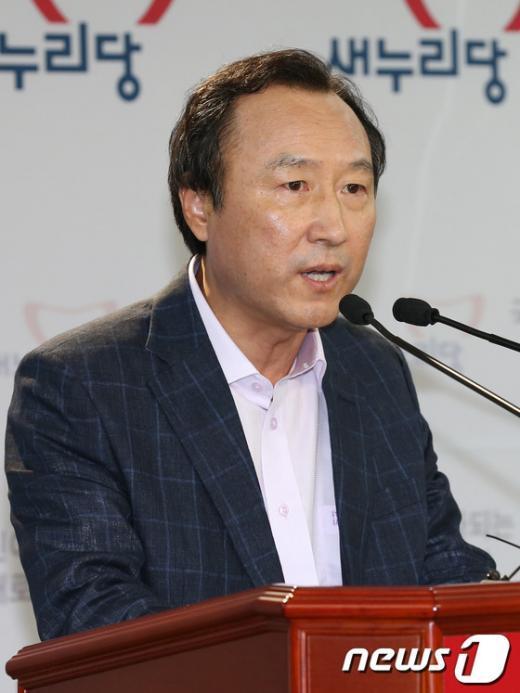 홍일표 새누리당 의원 2012.8.12/뉴스1  News1 이종덕 기자
