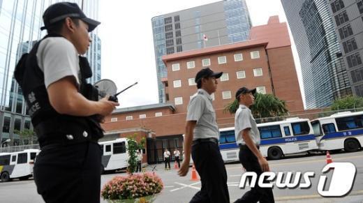 [사진]긴장감 흐르는 일본대사관