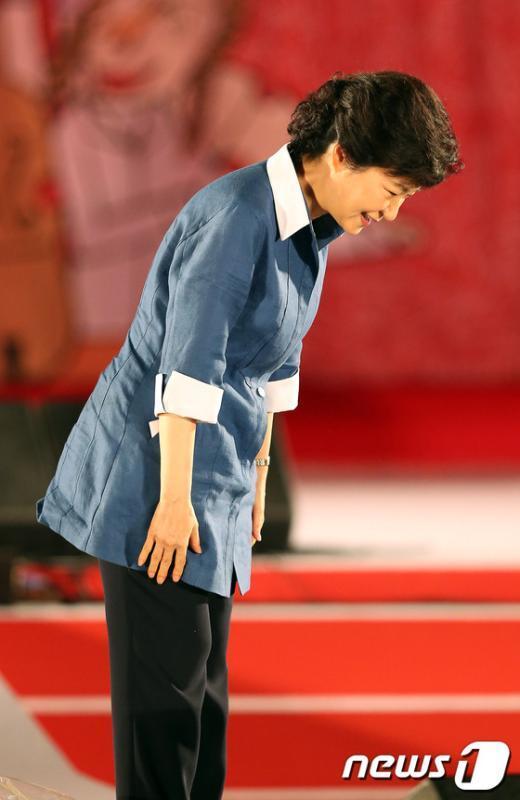 [사진]대선후보의 인사