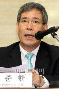 ↑김준한 포스코경영연구소 고문.