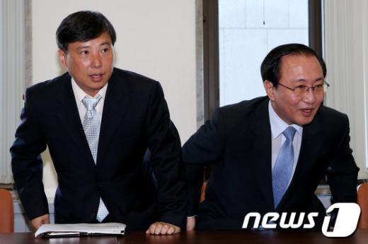 [사진]중앙운영위 참석한 조준호,노회찬 공동대표