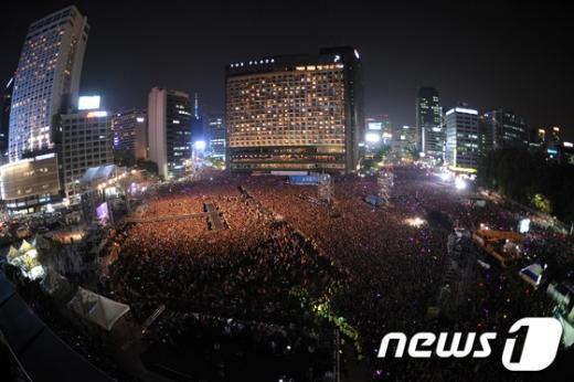 [사진]'서울 광장 가득 매운 인파'