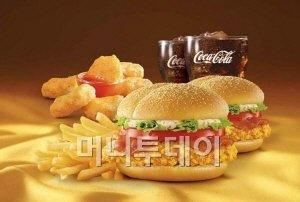 맥도날드, 맥딜리버리 서비스 전용 맥스파이시 디럭스 치킨팩 출시