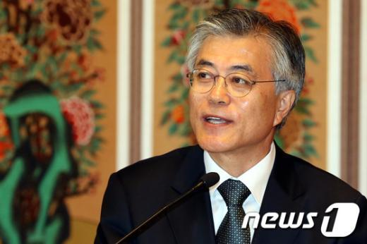 [사진]문재인 후보의 복지행보