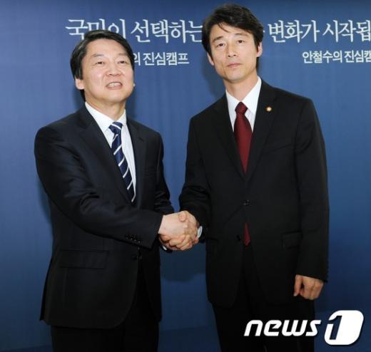 """민주, 송호창 安캠프 합류에 """"언급할 것없다"""""""