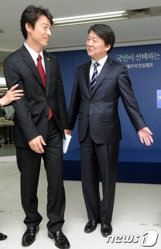 [사진]송호창 의원 영입한 안철수 후보