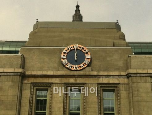 서울시청 본관 원형시계 내일부터 본격 가동