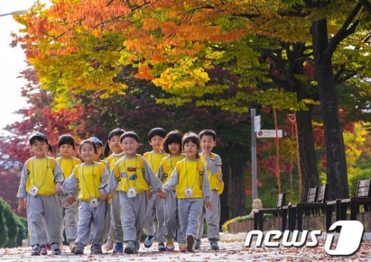 [사진]개구쟁이들의 가을 나들이