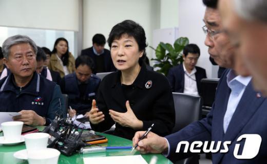 [사진]한국노총 찾은 박근혜 후보