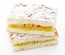 갓 수확한 국내산 제철 사과를 담은 자연의 맛...'빵' 출시