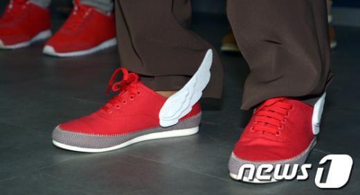 [사진]박근혜의 빨간운동화