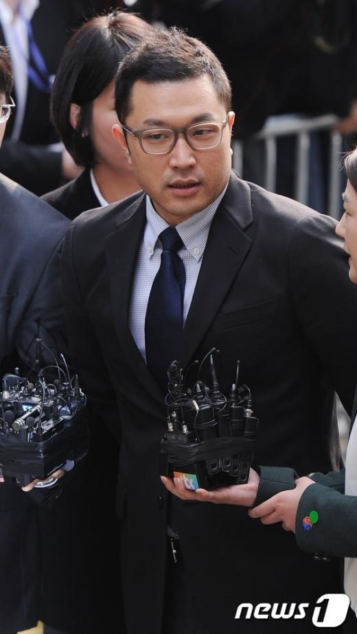 [사진]'내곡동 부지 의혹' 이시형 특검 출석