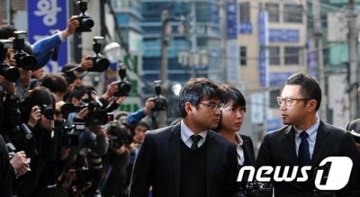 [사진]이시형 씨, 대통령 아들 사상 첫 특검 소환