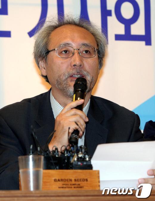 [사진]소견 발표하는 송순재 후보