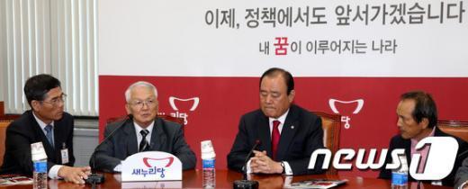 [사진]새누리당 영토포기ㆍ역사폐기 진상조사 특별위원회 전체회의
