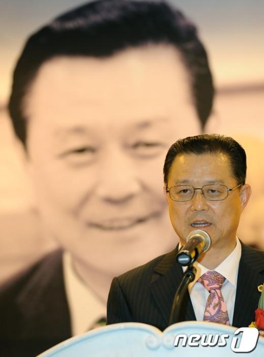 [사진]김명수 의장, '은퇴 없는 삶' 출판 기념회