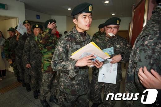 [사진]18대 대선 군인들의 표심은?
