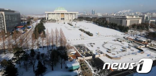 [사진]'눈 쌓인 국회'